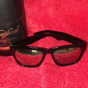 Accessories - Black Wayfair Reflective Sunglasses. NWOT Unisex